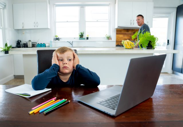 how to protect your kids in digital classroom