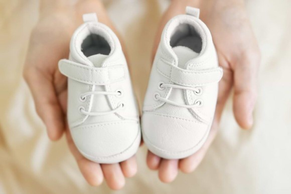 What is the best shoe a baby under one year can wear